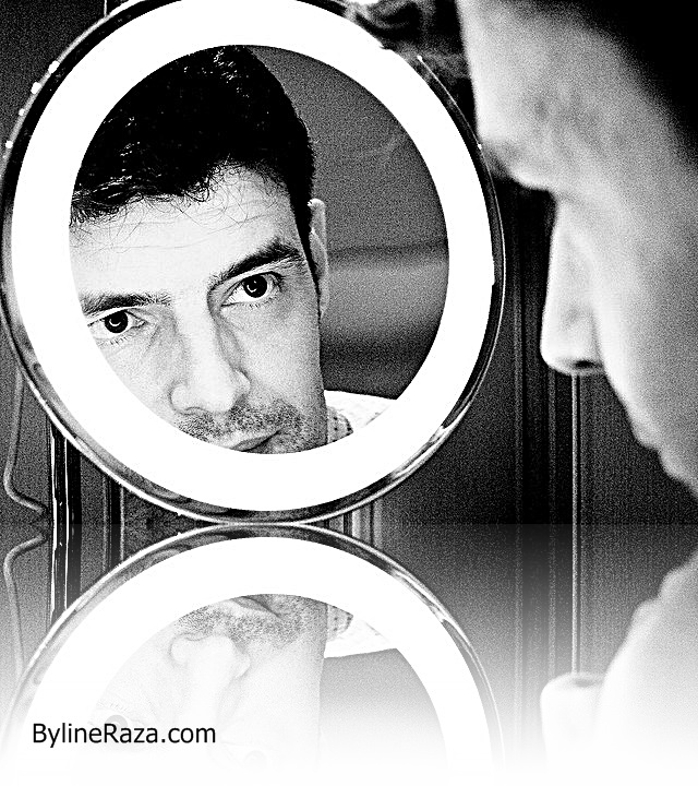 simon greig (creative commons) man in the mirror
