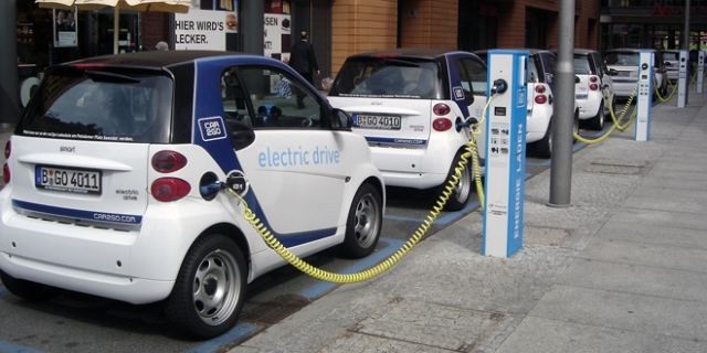 earth-day-electric cars